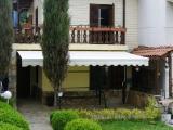 сенник-с-чупещо-се-рамо-за-балкон-тераса-заведение