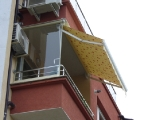 тента-за-балкон-и-тераса-с-чупещо-се-рамо